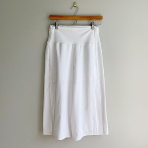 Lululemon | White Wide Wide Leg Split Capri sz 8
